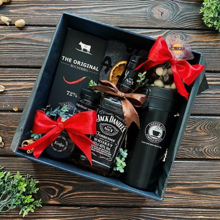 Подарок другу на День Рождения