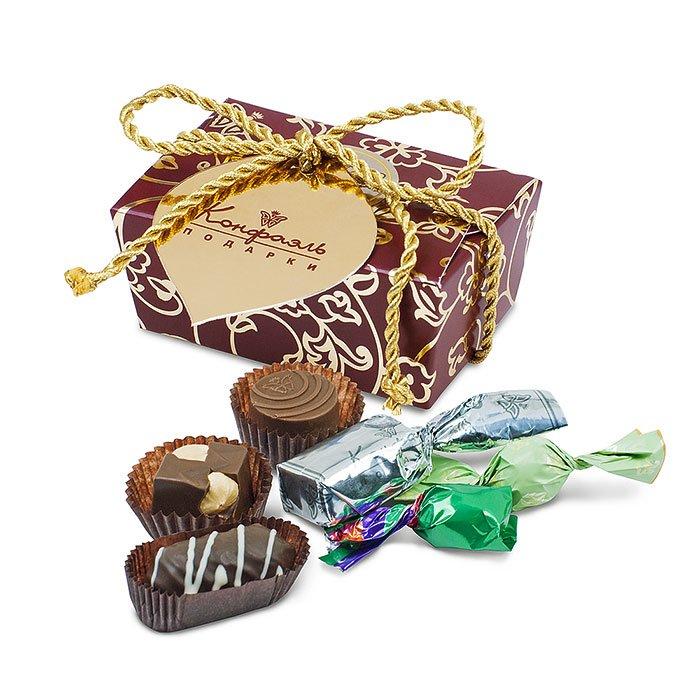 Подарочный сундучок с шоколадом и драже подарить